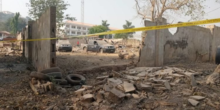 Explosion rocks old Ekiti government secretariat (photos)