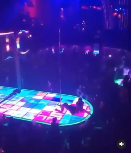 Moment stripper falls from high pole while dancing (video)