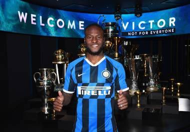 Inter Milan coach Antonio Conte praises Victor Moses & explains why he