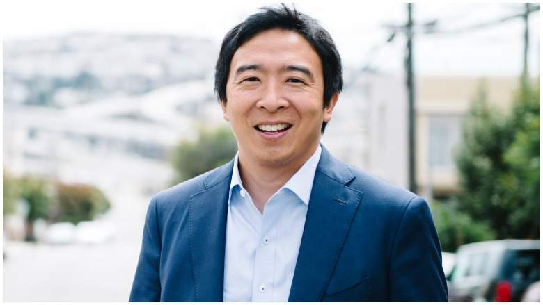 Millionaire businessman Andrew Yang ends his presidential campaign after Bernie Sanders wins New Hampshire Democratic primary