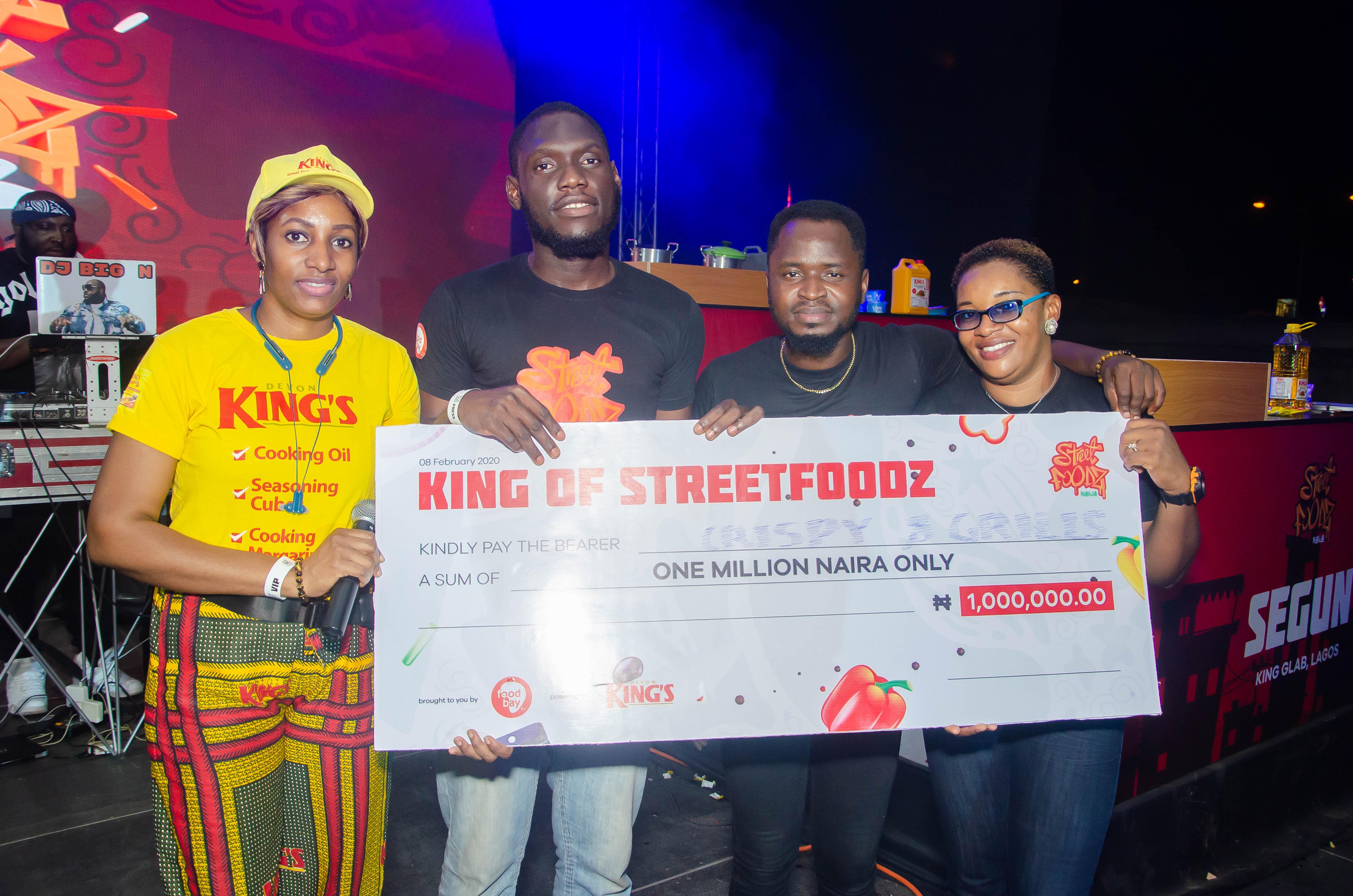 #StreetFoodzNaijaKings: Behold the King of Street Foodz in Naija- ?Olukayode Christopher Omowa of Cripsy Grills, Lagos?.