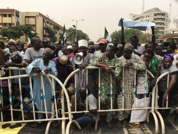 Lagos beggars protest at Governor Sanwo-Olu