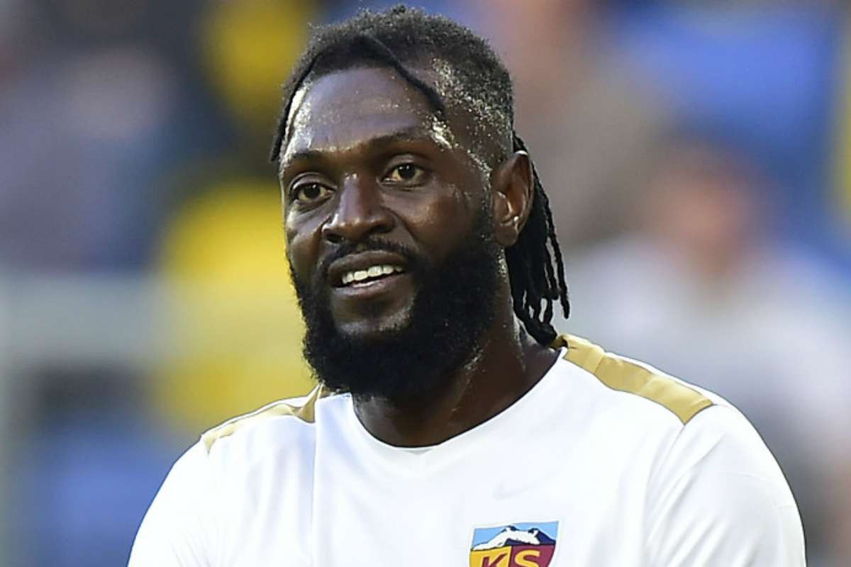 Emmanuel Adebayor shows off his exotic cars and mansion as he celebrates 36th birthday (photo)