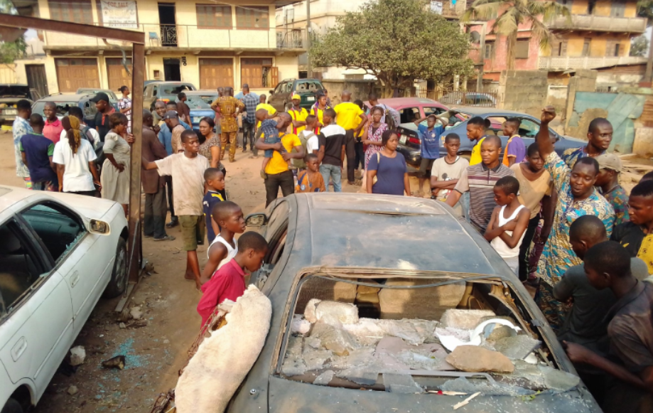 One suspected dead, vehicles vandalized as secondary school students clash in Ibadan