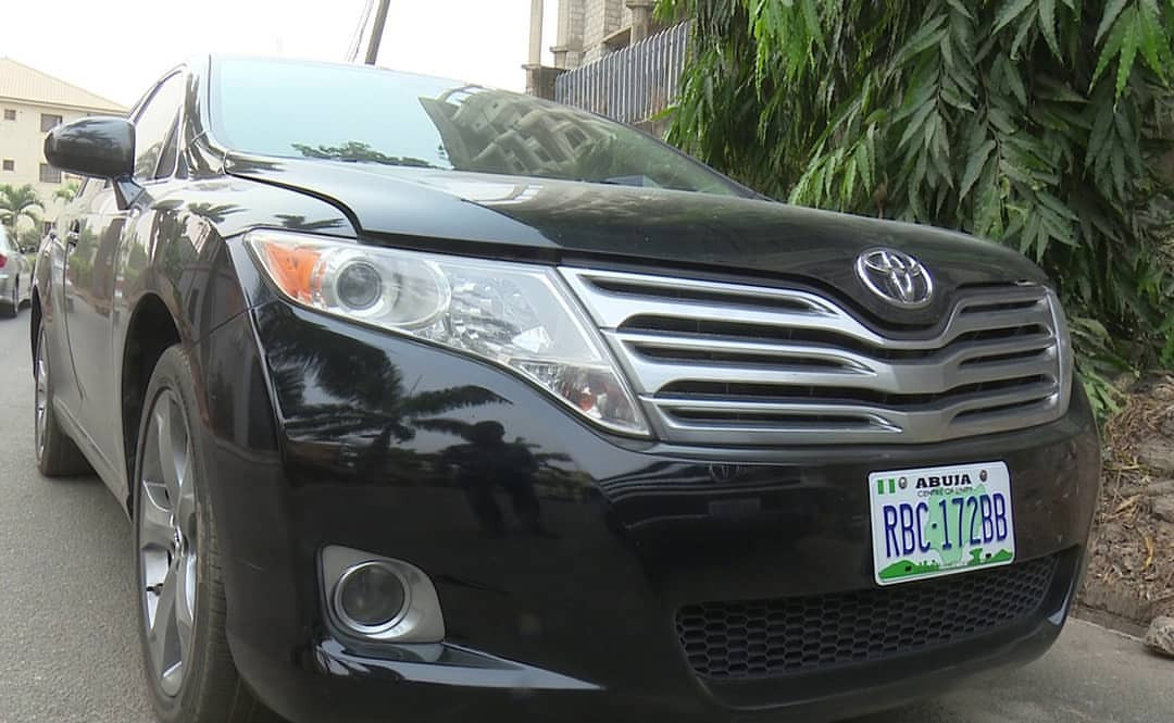 Corps member, Oduduwa University undergraduates arrested for fraud in Abuja + see the cars seized from them