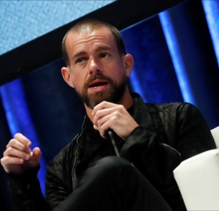 "Twitter CEO re-evaluates plans to move to Africa; says tweet about his move was a ""mistake"""