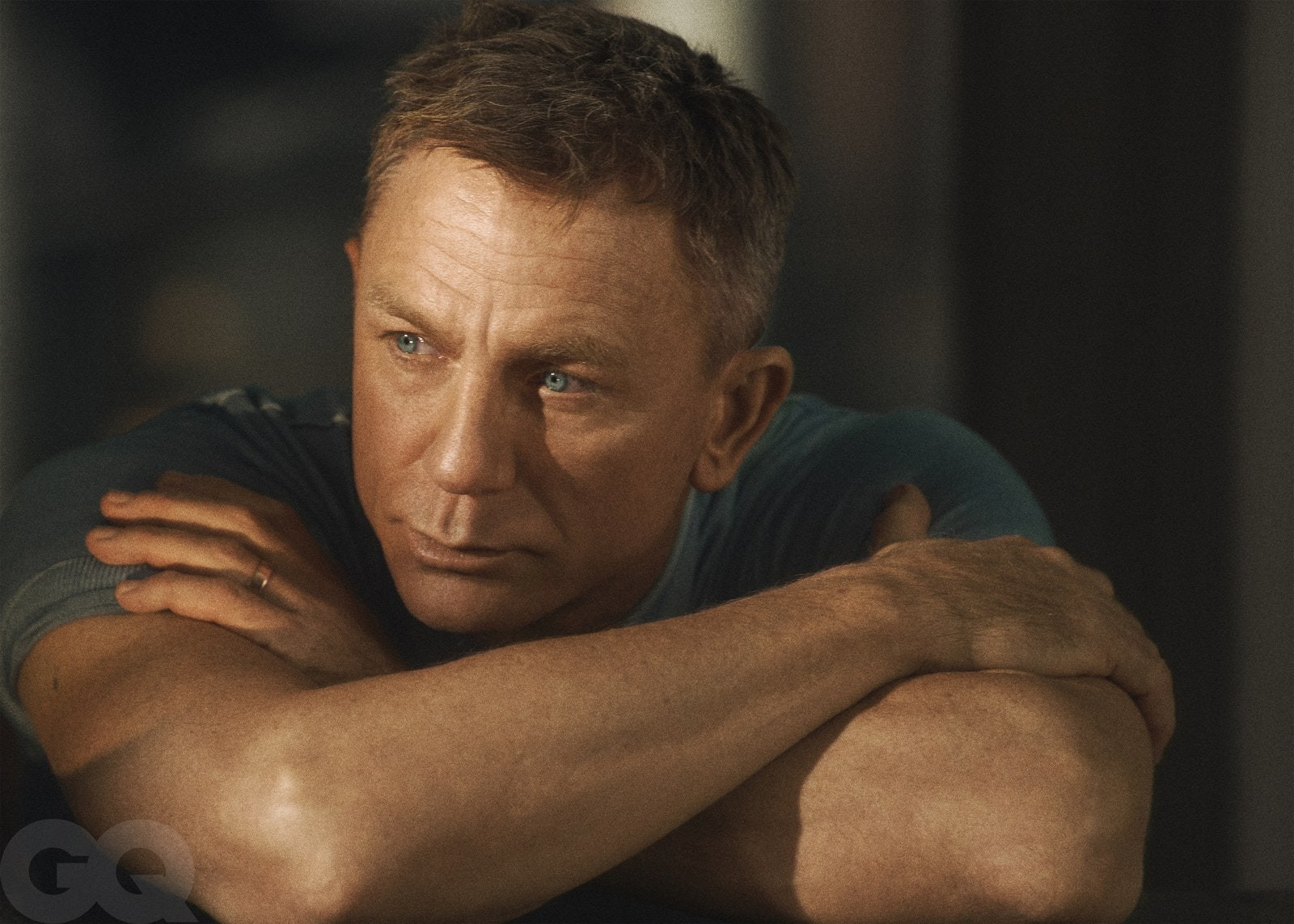 Actor Daniel Craig, 52, poses shirtless for GQ for his last ever James Bond Interview (photos)