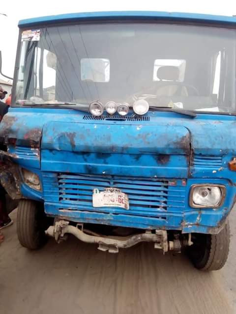 Hit and run truck driver crushes 3 women to death in Rivers state (graphic photos)