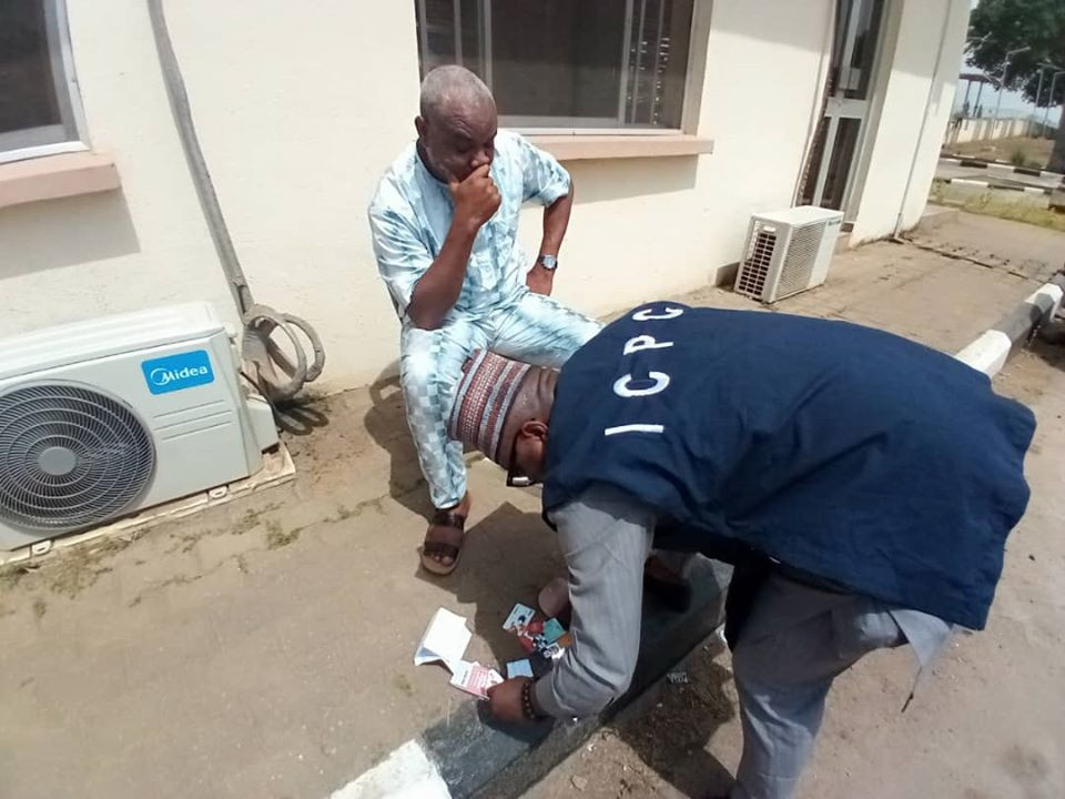 ICPC arrests ex-Presidential panel chairman, Obono-Obla (photos)