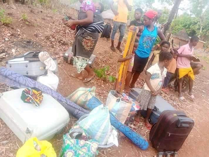 Suspected Fulani herdsmen storm Benue community, kill one, take two nursing mothers and their babies hostage (graphic photos)