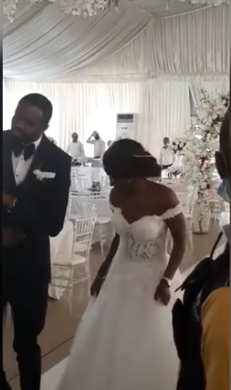 Nigerian couple dance into their wedding reception with no guest ...