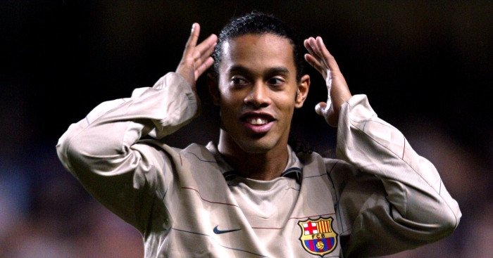 Watch footage of Ronaldinho playing foot volleyball with prison inmates while awaiting trial