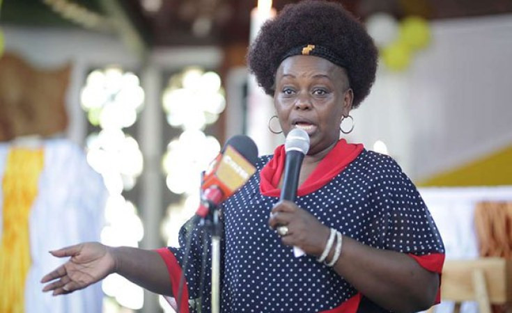 Avoid MEN and overcrowded places like your boyfriend?s heart - Kenyan MP Millie Odhiambo gives tips on how to avoid contracting coronavirus (video)