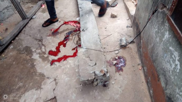 Building collapses and kills child in Onitsha (graphic photos)