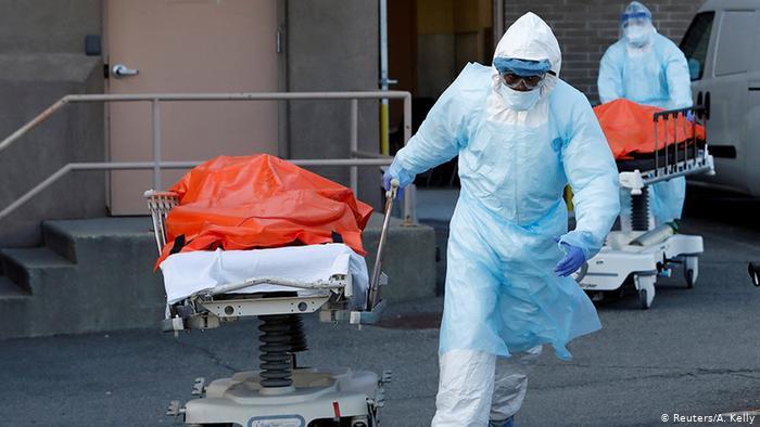 US Coronavirus death toll overtakes Italy as world
