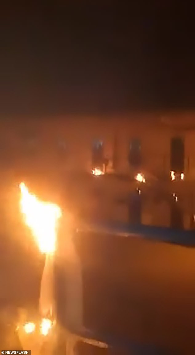Inmates set fire to their prison in Columbia to protest against the lack of precautions against Coronavirus (Photos/Video)