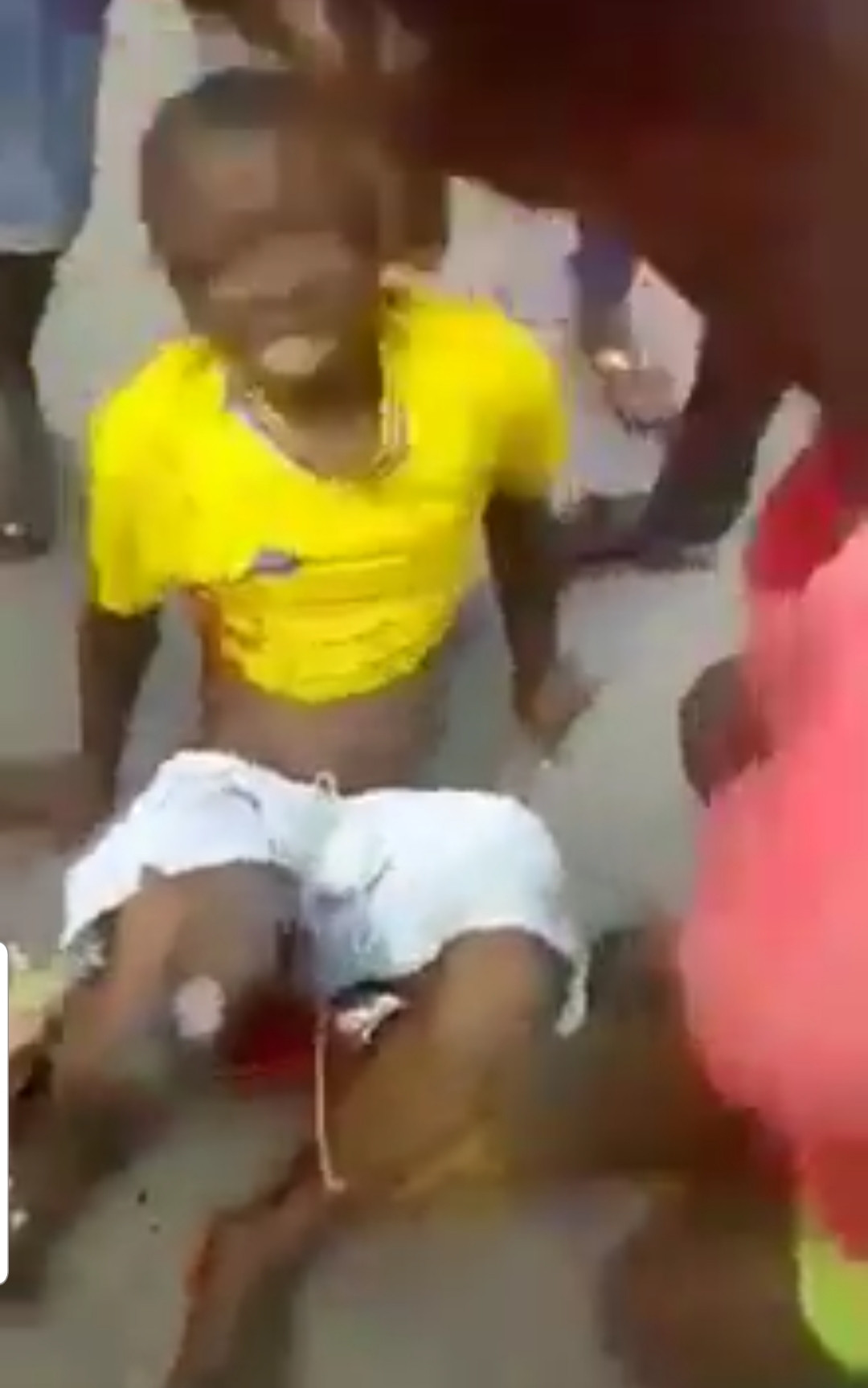 Protest over lockdown extension turns bloody as police shoot young man on his buttocks in Sapele (photos)