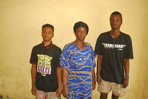 Police arrests mother and son for allegedly attempting to sell four-year-old boy in Niger (photo)