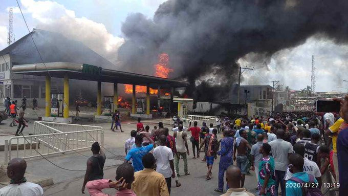 NNPC petrol station in Lagos gutted by fire (video)