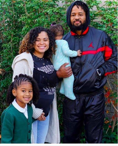NFL star, Earl Thomas held at gunpoint by his wife after she caught him cheating