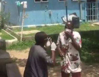 COVID-19 patients protest in Niger state, threaten to abscond over poor treatment (video)