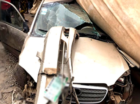 Truck crushes two to death in Ogun (photos)