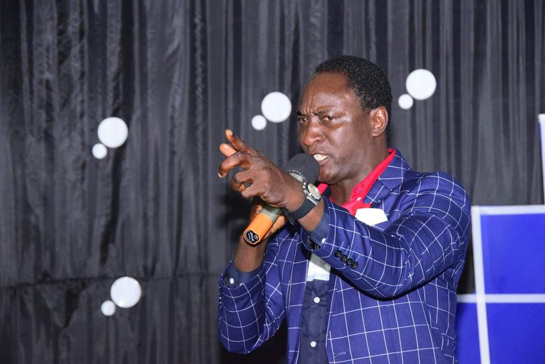 COVID-19 Prophecy: Go get a life and stop deceiving the gullible, Nigerian Prophet Gideon Isah replies Ivorian Atheist Yanick Aka