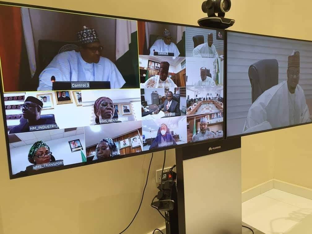 President Buhari presides over second virtual FEC meeting (photos)