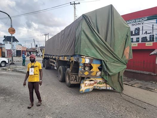 Rivers State Covid -19 Taskforce intercepts passengers hidden inside trailer load of building material; fake lockdown pass with Governor Wike