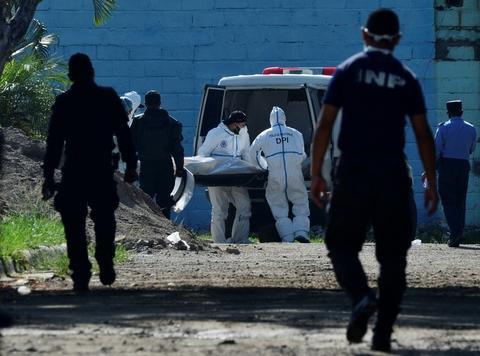 Six female prisoners murdered by inmates in Honduras