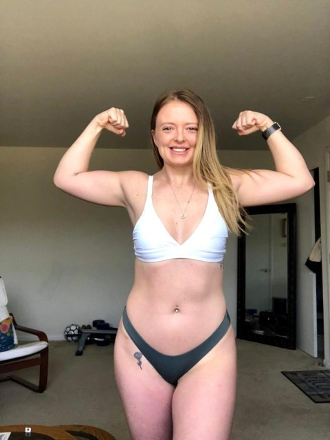 Lady who developed obsession with being skinny after her ?toxic? ex-boyfriend told her he was into thigh gaps, shares her story (photos)