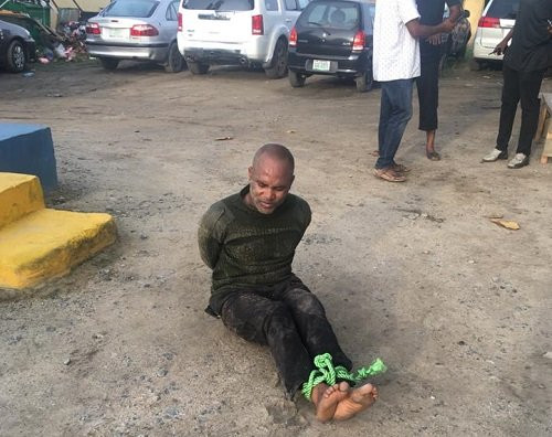 Police officer allegedly opens fire on his colleagues in Onikan, Lagos (photos)