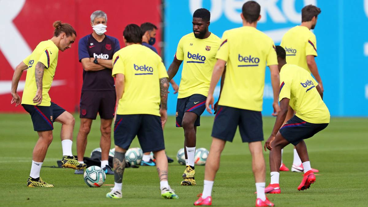 Five Barcelona players and two members of the team?s coaching staff
