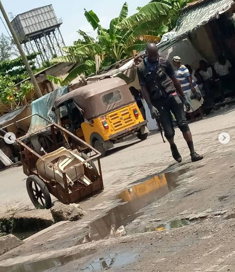 Lady left with horrific injury after allegedly being punched by policeman she stopped from assaulting a pregnant woman in Lagos