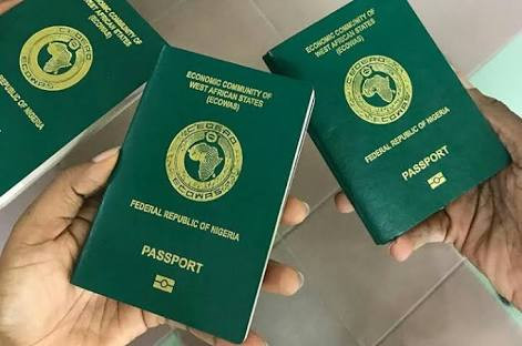 FG to retain passports of travellers to Nigeria