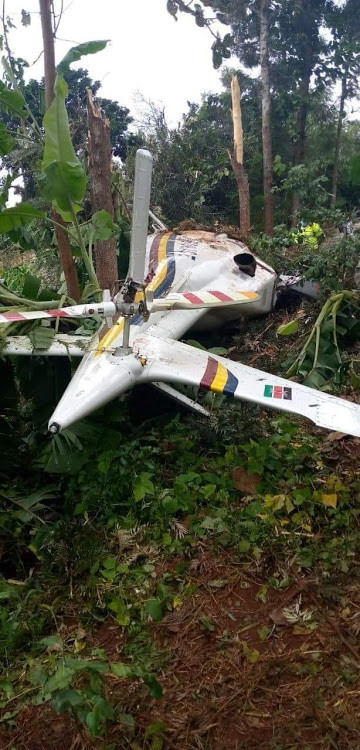 Police aircraft crashes in eastern Kenya (photos)