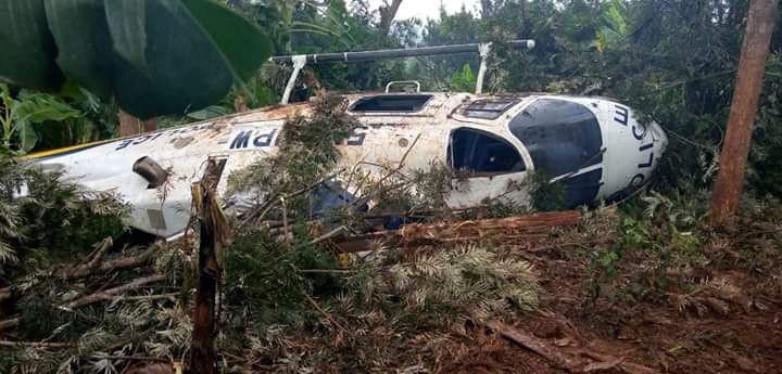 Police aircraft crashes in eastern Kenya (photos)