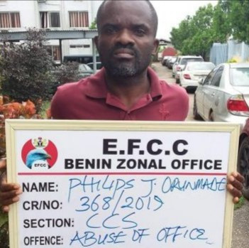 Staff of First Bank allegedly caught stealing N18.9 million is arrested by EFCC