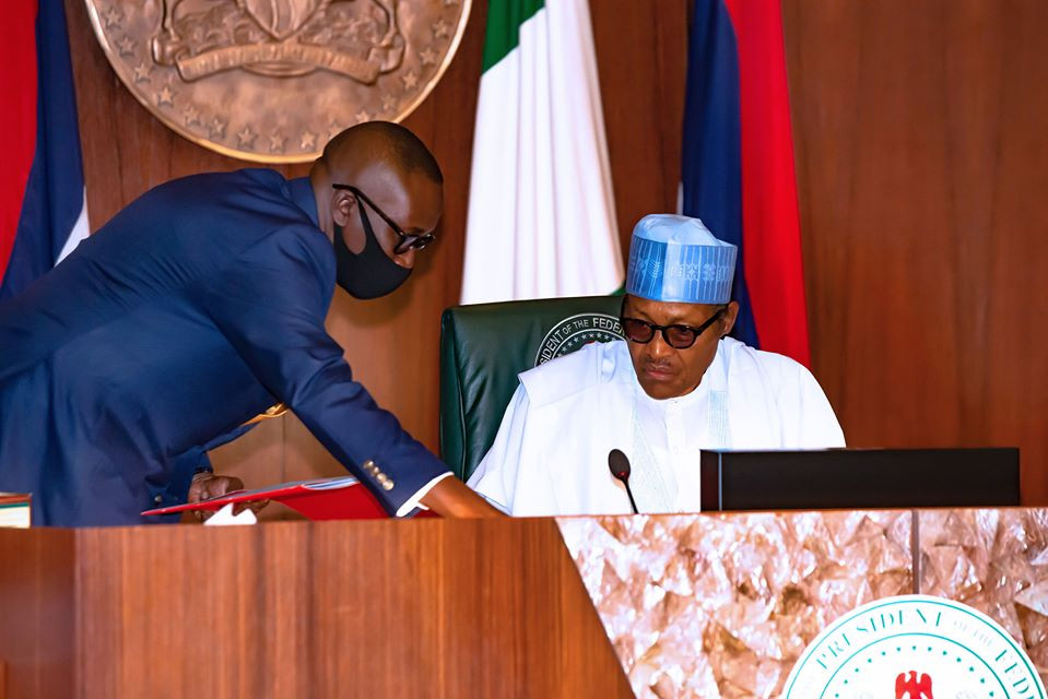 Buhari meeting with Service chiefs on 18th June 2020