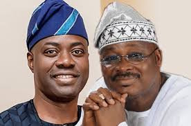 Oyo state government denies claims of delaying the funeral of ex-governor Abiola Ajimobi