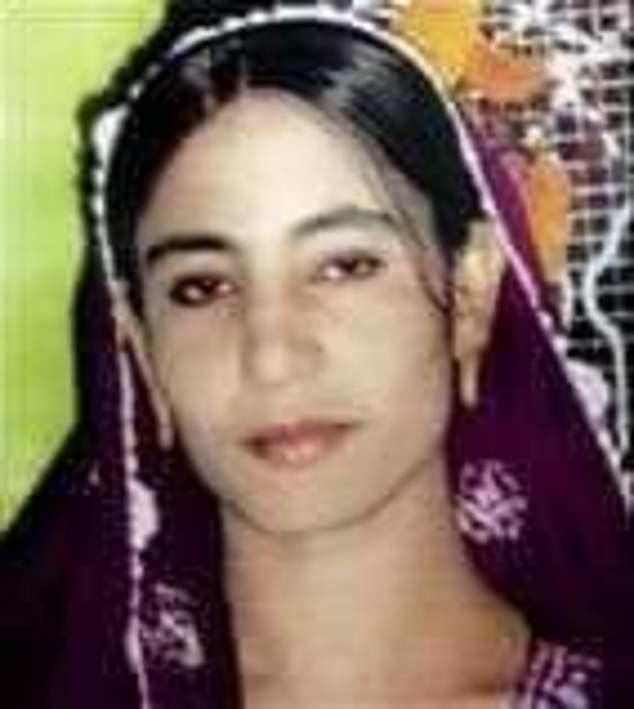24 -year old woman stoned to death 'by her husband and his brother' in brutal honour killing in Pakistan