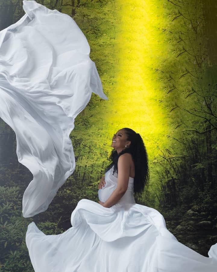 Check out more beautiful maternity photos of actress Linda Ejiofor Suleiman