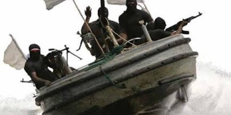 Ten Nigerian pirates charged with hijacking Chinese ship