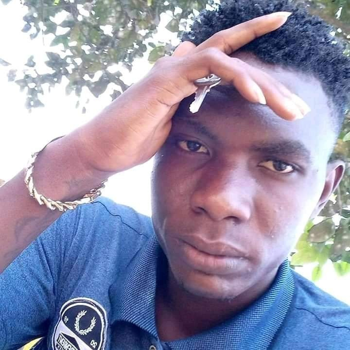 Man stabbed to death by his friend during an argument over N12,000