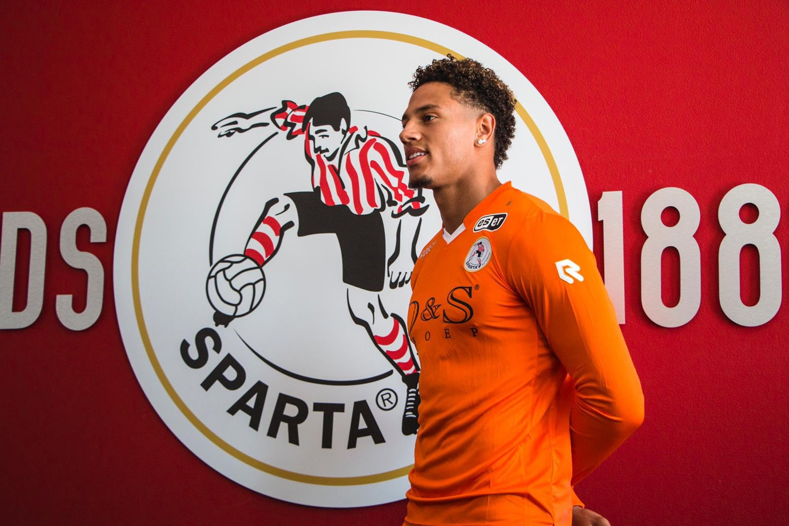Super Eagles goalkeeper, Maduka Okoye joins Dutch club, Sparta Rotterdam on a two-year deal (photos)