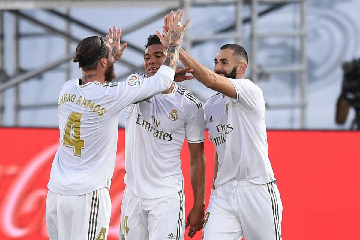 Real Madrid win its 34th La Liga title (photos)