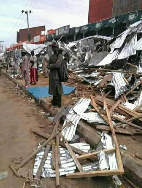Protest in Sabon Gari Market, Kano State, over demolition of roadside shops by Kano Road Traffic Agency (photos/video)