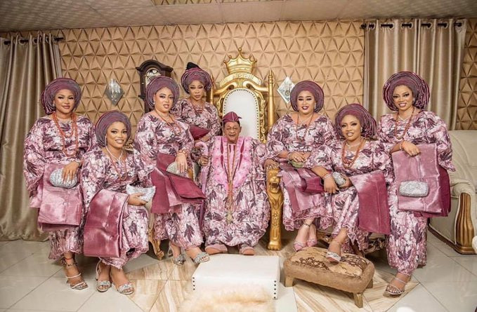 Lovely photos of Alaafin of Oyo and some of his younger wives