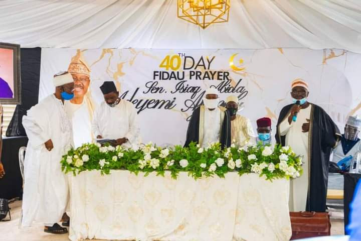 Photos from the 40th day fidau prayers for former Oyo state governor, Abiola Ajimobi