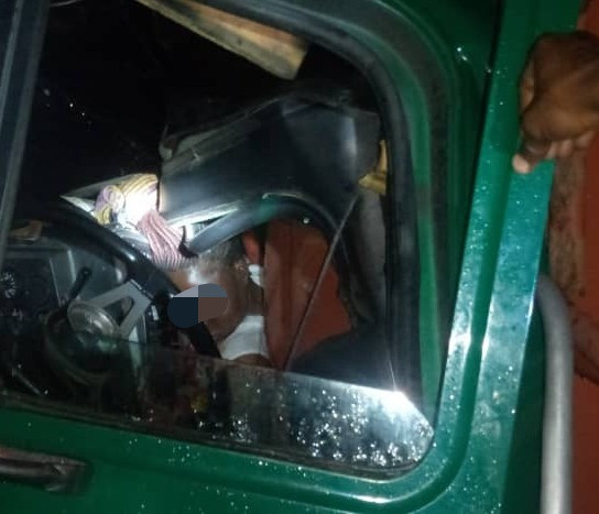 Tanker accident kills woman in Mile 2, Lagos (graphic photo)